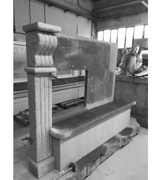 Realizzazione e montaggio cornice in pietra su termo-camino Carinci